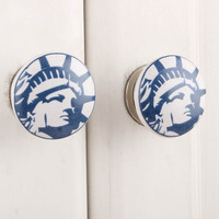 IndianShelf Handmade 4 Piece Ceramic White Statue Of Liberty Artistic Drawer Knobs/Cabinet Pulls