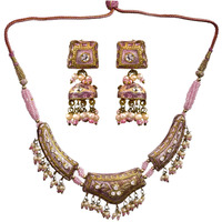 Pink Necklace Set an ...