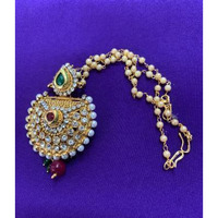Traditional Kundan And Moti Style of Golden Mang Tikka # 9