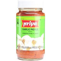 Priya Garlic Pickle (300 gm bottle)