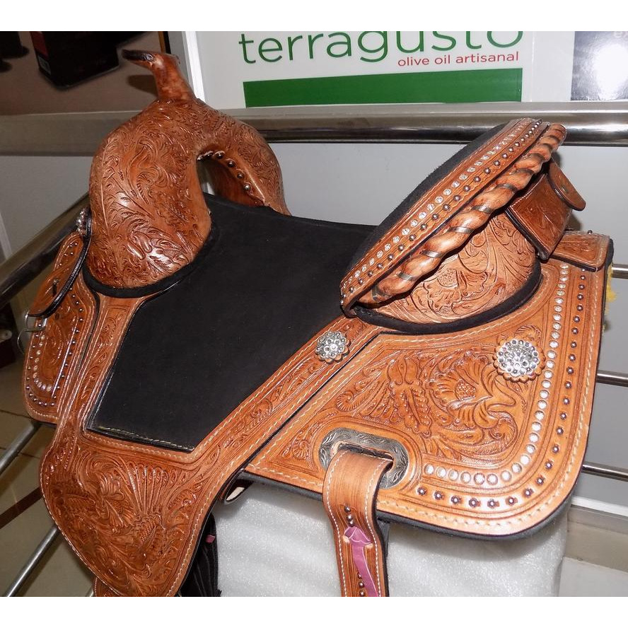 New Handcrafted Custom made Pure Leather Western Treeless Horse Saddle Tack with Tack set (Color:TAN, Size:16 INCHES)