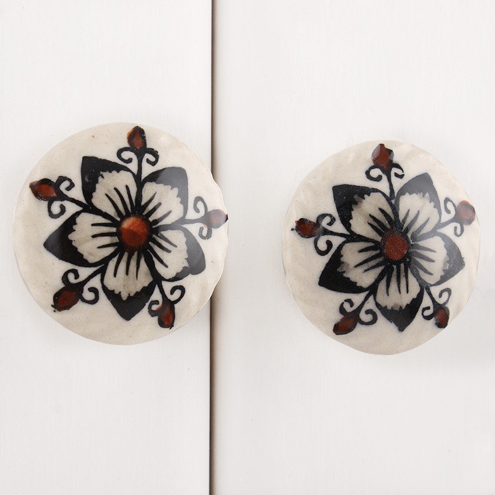IndianShelf Handmade 13 Piece Ceramic Cream Star Flat Rust Free Drawer Kitchen Knobs/Cabinet Pulls