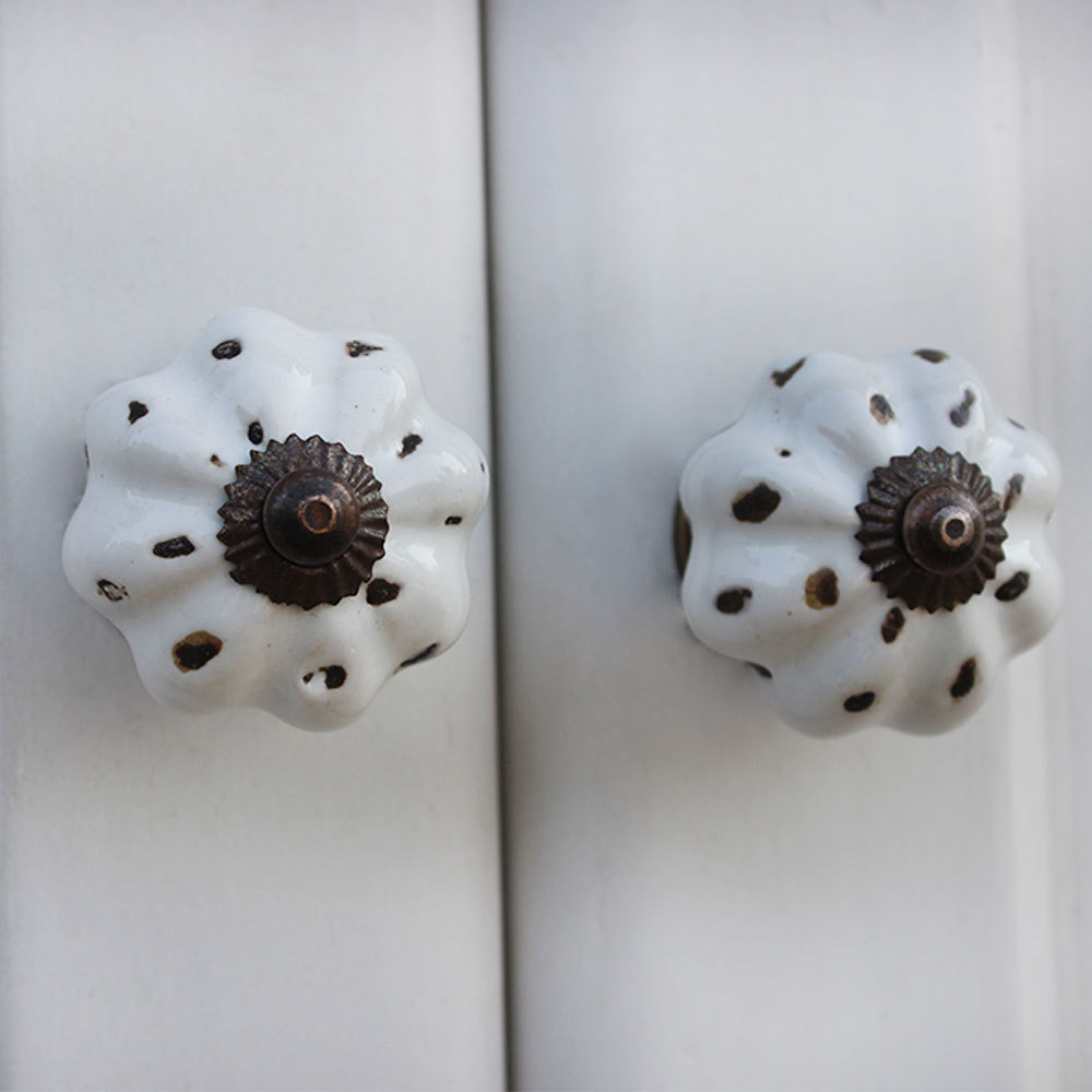 IndianShelf Handmade 13 Piece Ceramic White Etched Rust Free Drawer Kitchen Knobs/Cabinet Pulls