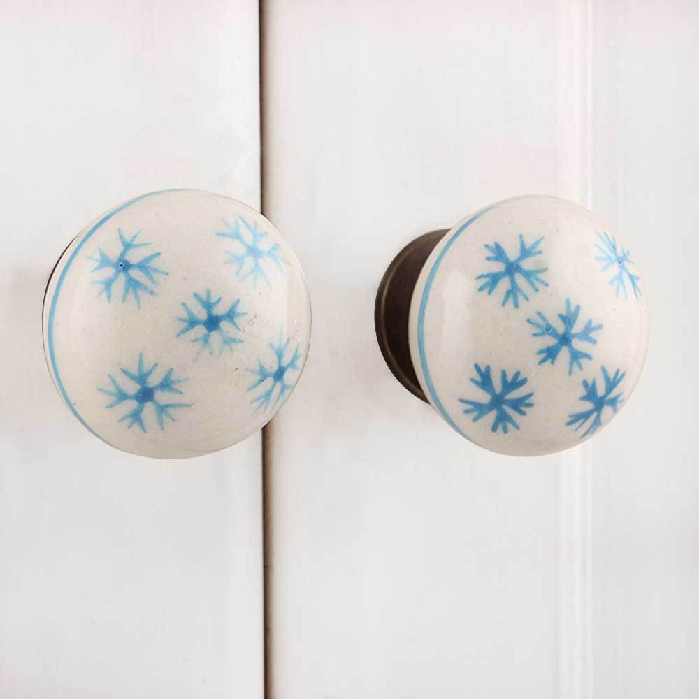 IndianShelf Handmade 13 Piece Ceramic Blue Snow Flakes Flat Rust Free Drawer Kitchen Knobs/Cabinet Pulls
