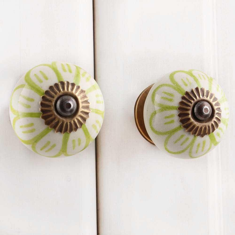 IndianShelf Handmade 17 Piece Ceramic Green Chrysanthemum Flower Rust Free Drawer Kitchen Knobs/Cabinet Pulls