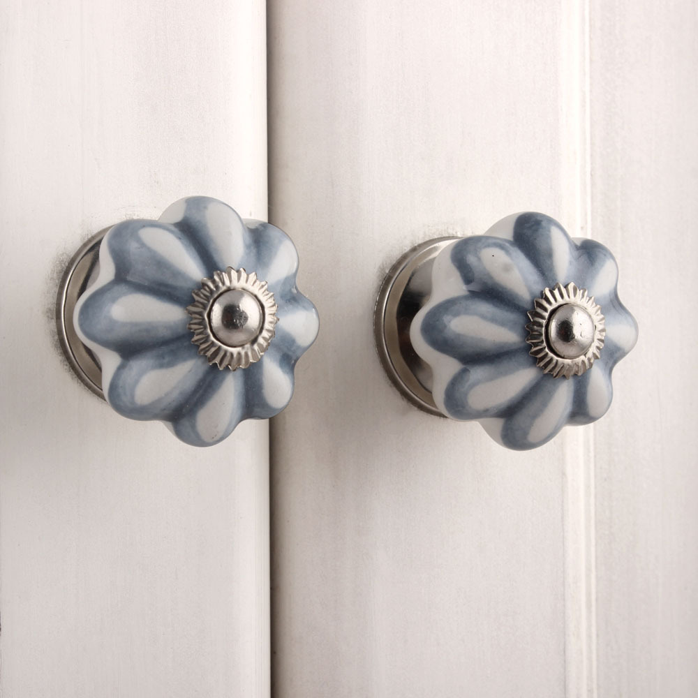 IndianShelf Handmade 17 Piece Ceramic Grey Sunflower Rust Free Drawer Kitchen Knobs/Cabinet Pulls