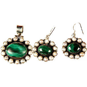 Malachite and Pearl Pendant with Earrings Set