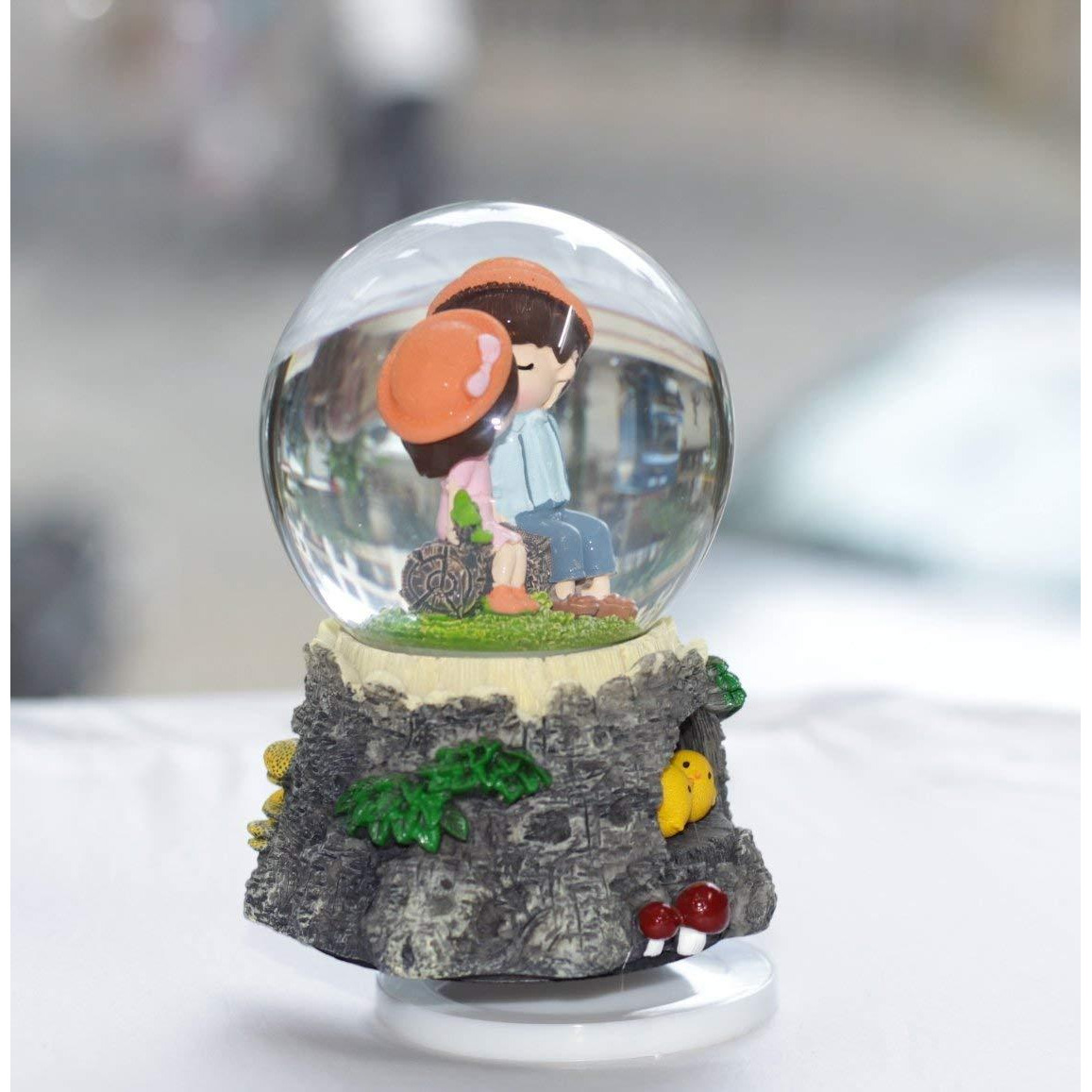 Luxury Decorative Designer Cartoon Character Plastic/Glass Globe With Music & Rotating For Home Decor/Living Room/Bedroom (Multicolor) Best Home Decor Showpiece Figurine
