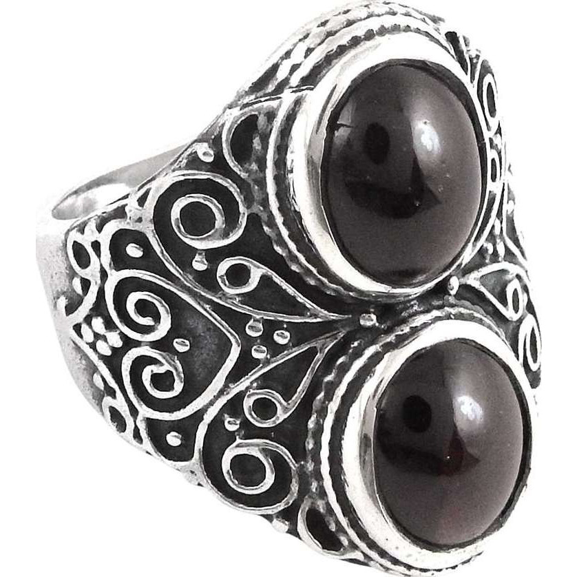Passionate Love! 925 Silver Garnet Ring