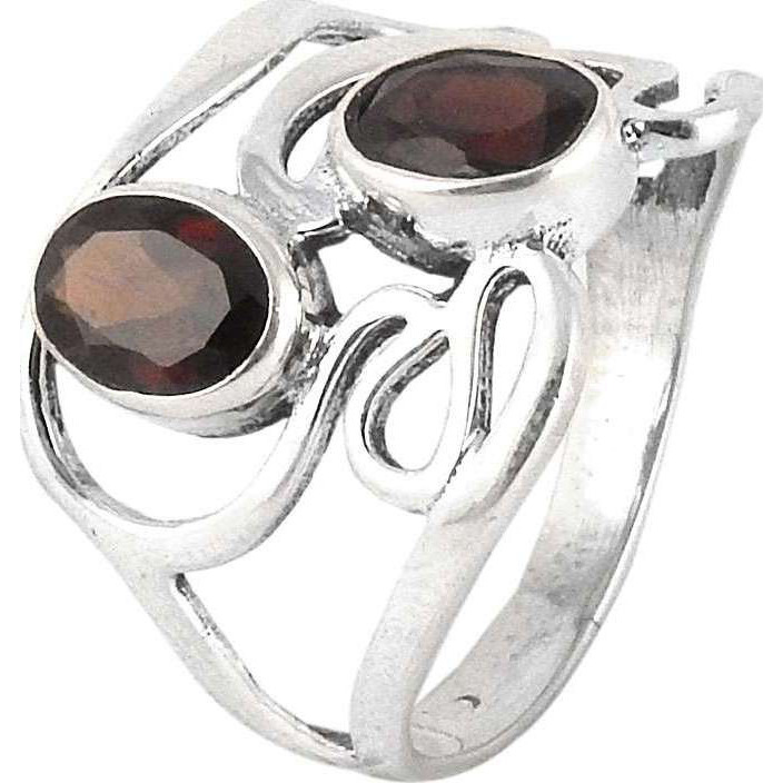 Crimson Kiss! Garnet 925 Sterling Silver Rings
