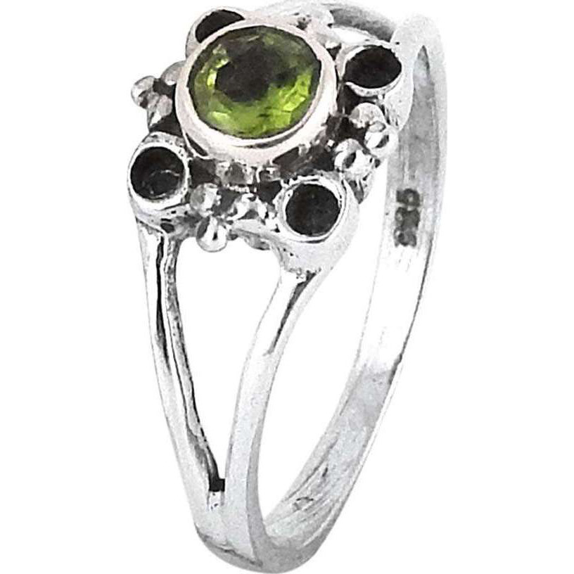Gorgeous!! Peridot 925 Sterling Silver Ring