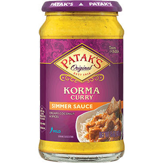 Patak's Korma Curry Simmer Sauce (Rich Creamy Coconut - Mild) (15 oz. bottle)