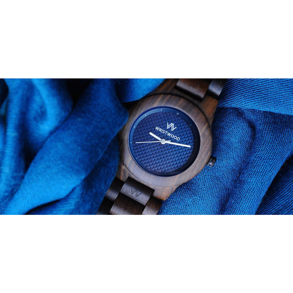 Handcrafted Heartwood blue O - Nightsky watches