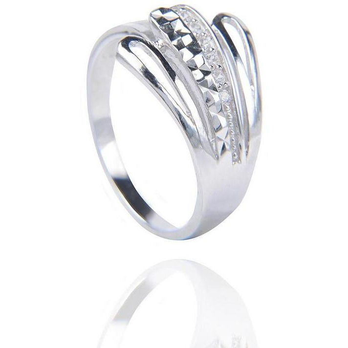 Stunning Cubic Zirconia With Silver Plated Evening Wear Ring